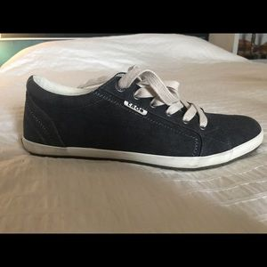 Taos charcoal wash canvas sneakers
